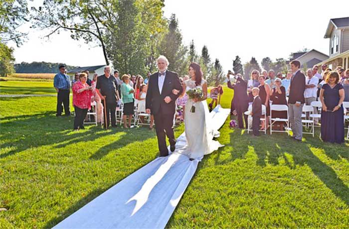 country_backyard_wedding_17