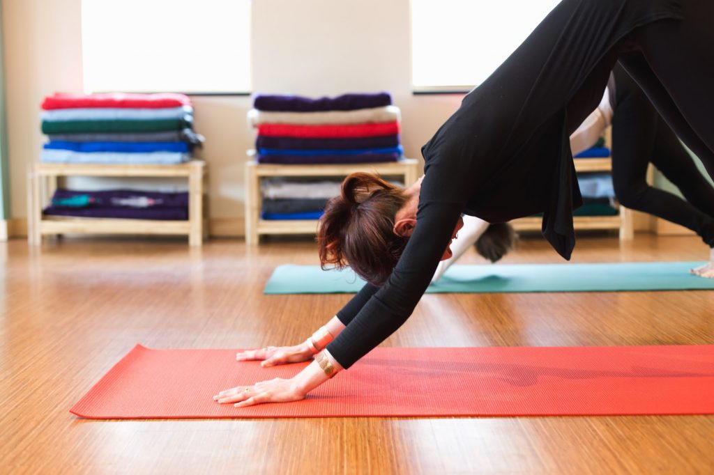 Green Heiress offers answers to Pittsburgh beginner yogi's questions.