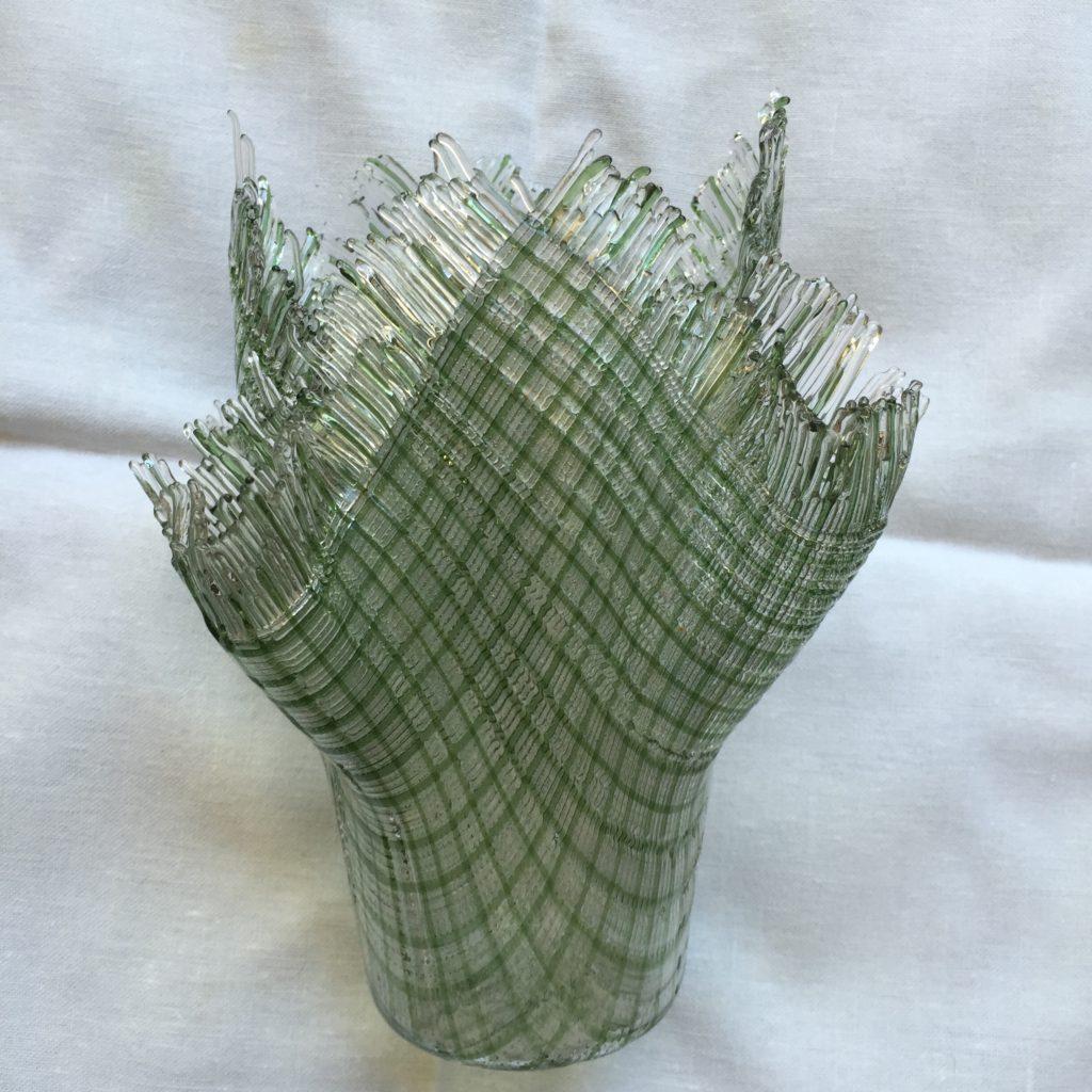 Green stringer vase GIFT