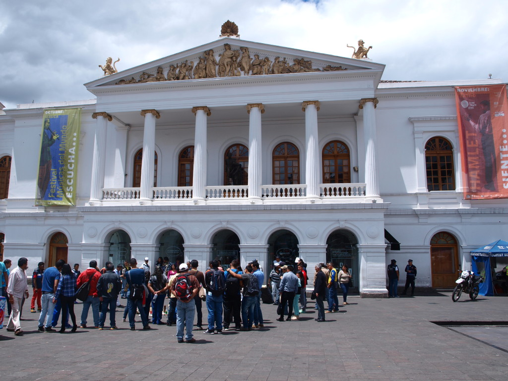 the sucre theater