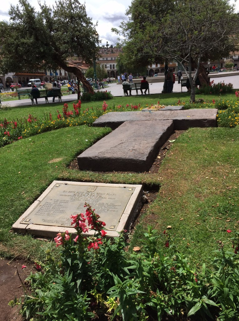 monument to Tupac Amaru and other martyred Inca fighters against Spanish crown