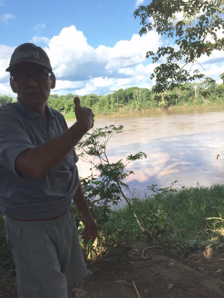 Victor pointing to the path from the Fundo to the Tambopata River