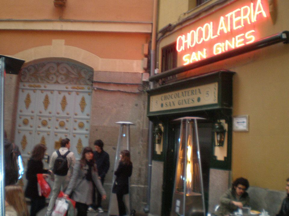 Chocolatería de San Gines facade, Madrid, Spain