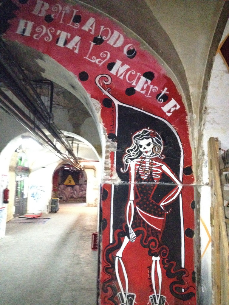 Dancing until Death in la Tabacalera, Madrid