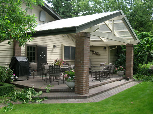 Covered Areas improve your enjoyment of the Northwest Outdoors Image
