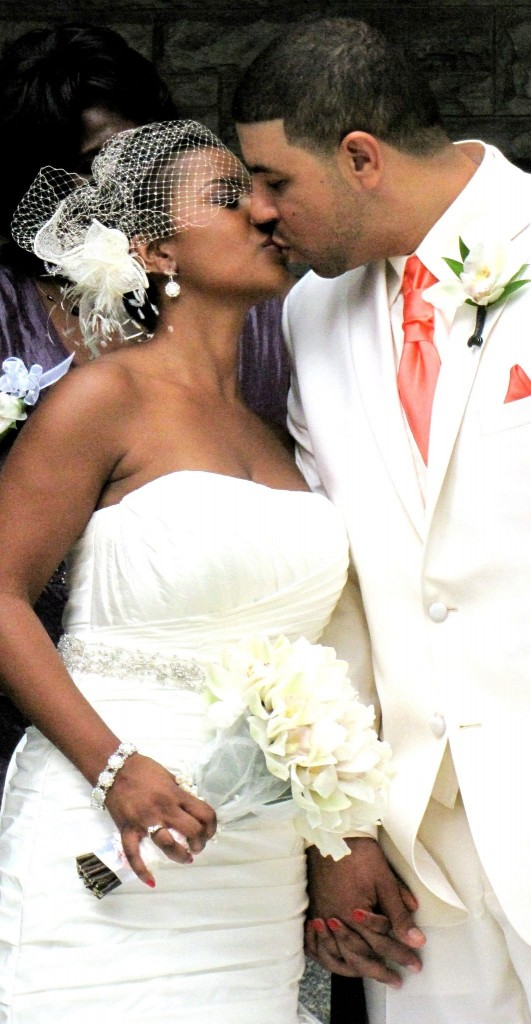 You May Kiss the Bride: The Mauricettes jump the broom in Toronto!