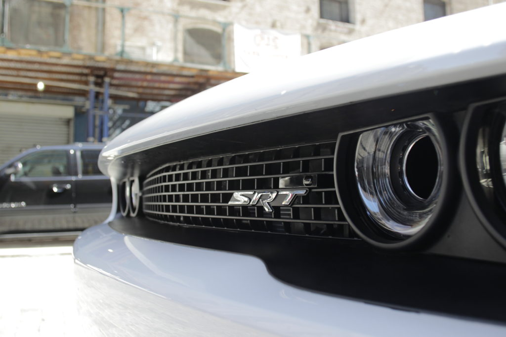 05 Dodge Challenger SRT Hellcat