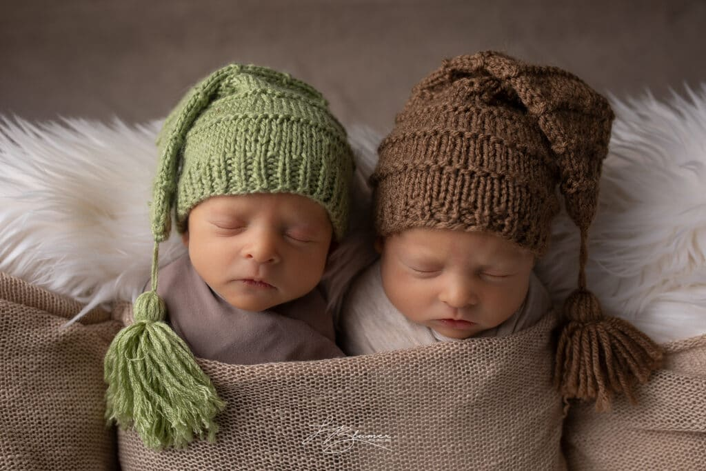 Michigan-Twin-Newborns_5