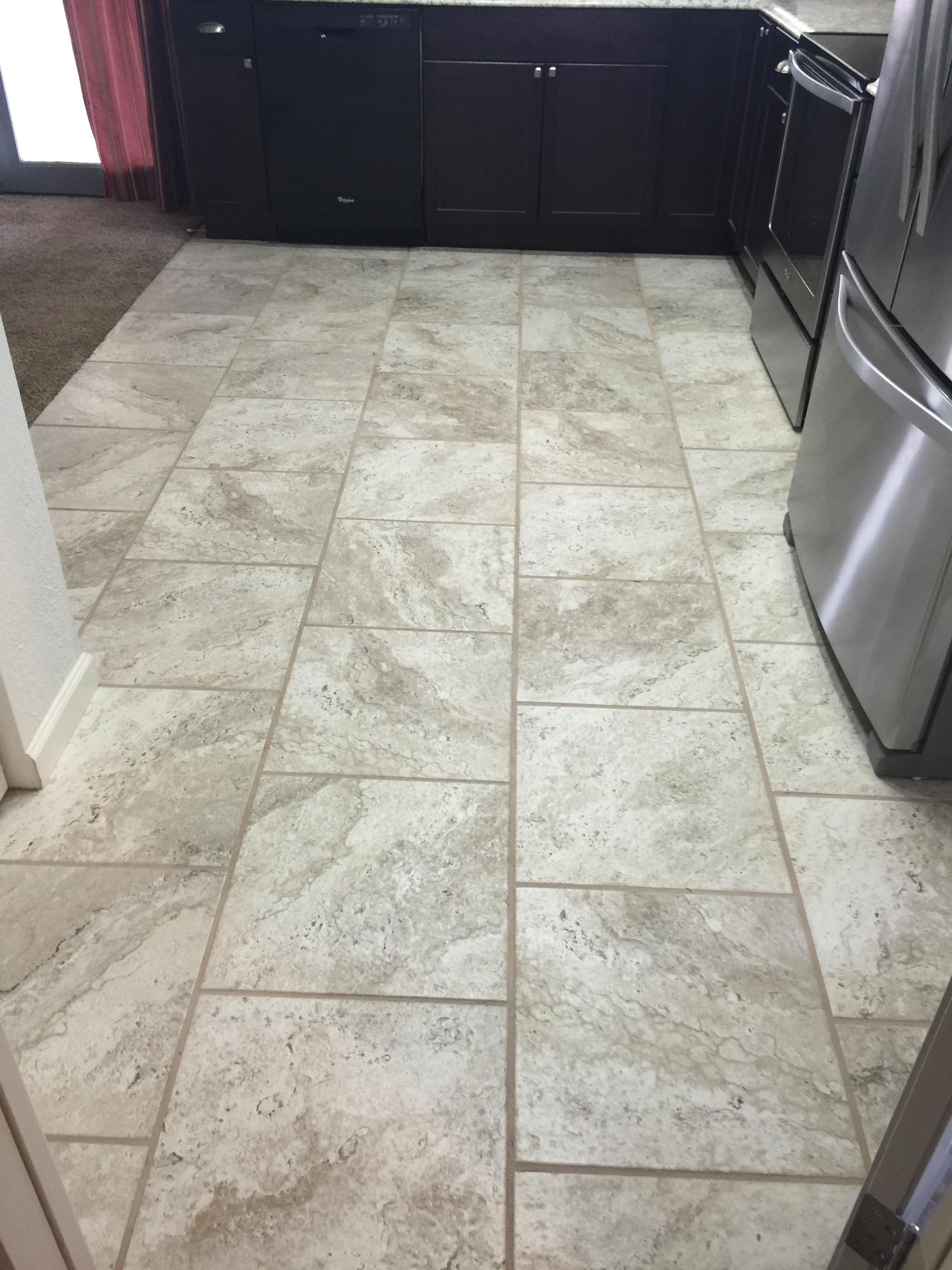offset kitchen tile
