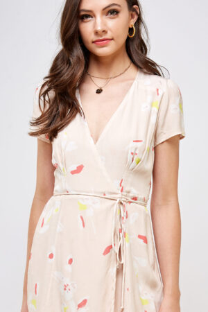 100% Rayon V-neck Belted Waist Front View Close