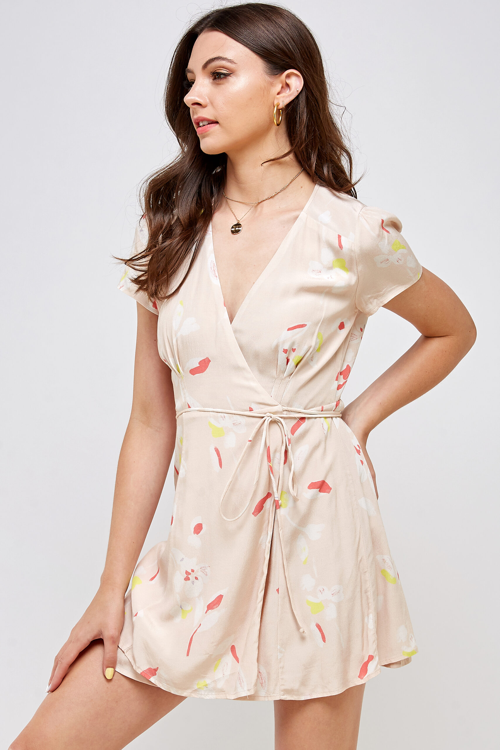 100% Rayon V-neck Belted Waist 3/4 Front View Medium
