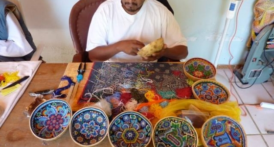 Huichol Prayer bowl – creation process
