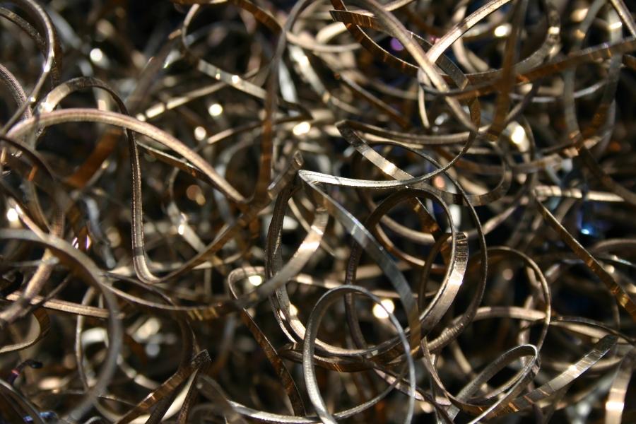 metal-curls-scrap-576417-h