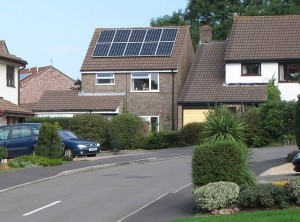 Solar_panels_in_yate_england_arp