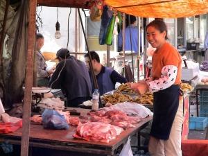 market-woman-186129_1280