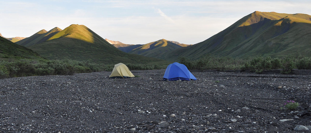 1200px-Camping_in_the_Savage_River_valley
