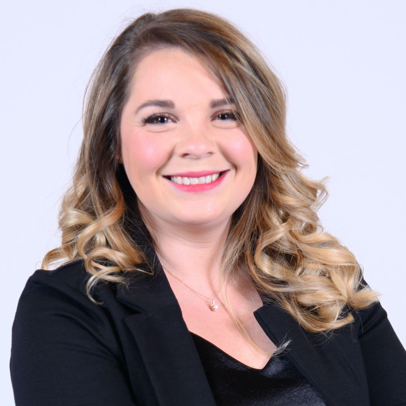 Realtor® Oakland University graduate with 8 years of customer service experience.