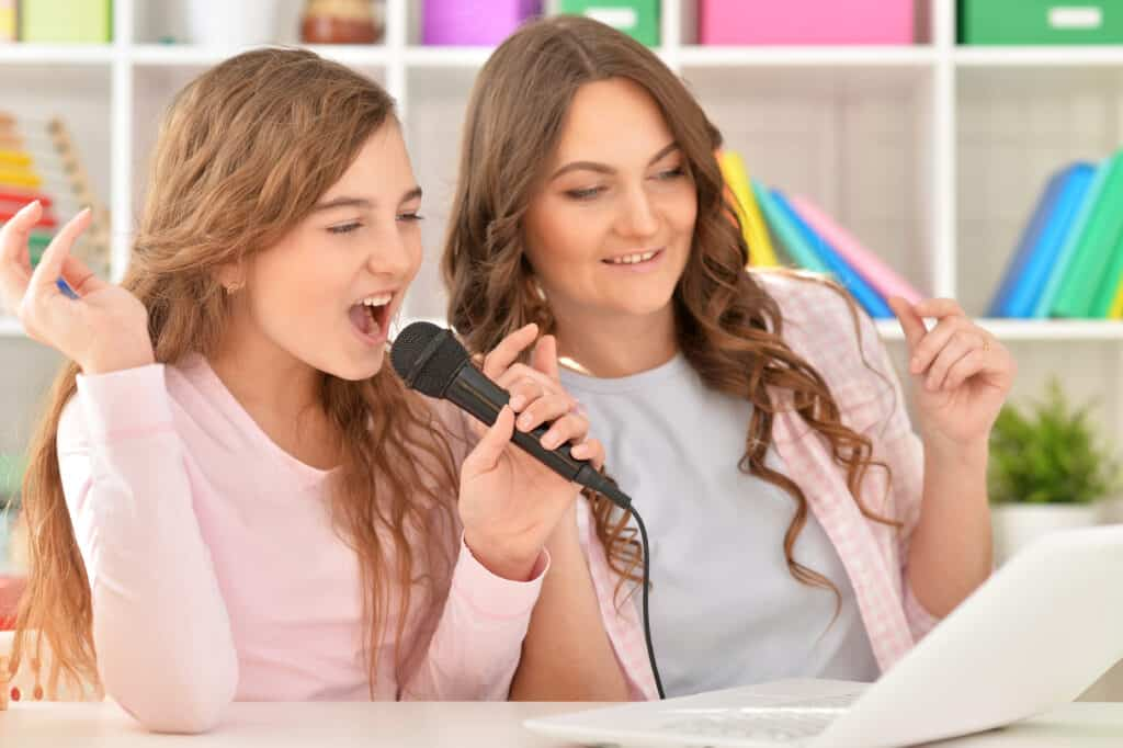 Mother Daughter bonding with Karaoke