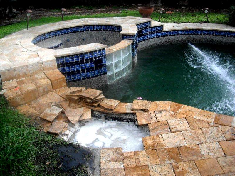 Broken Return Line Before Job Done by Florida Pool and Leak