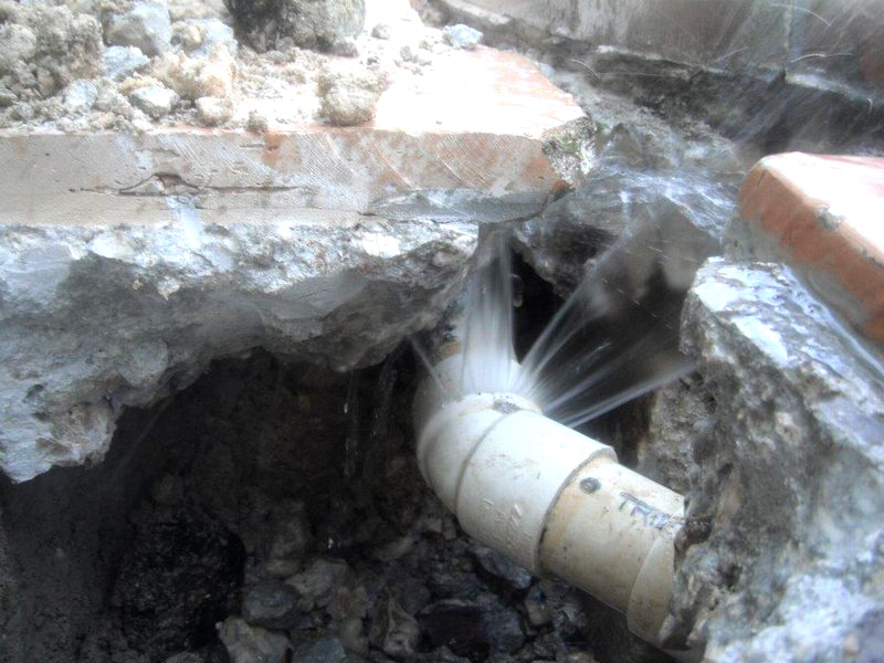 Example of pipe leak fixed by Florida Pool and Leak of South Florida