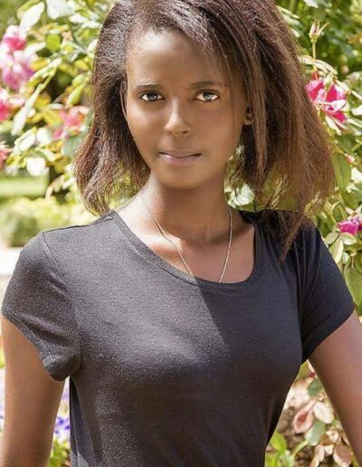 Kelly Akimana - Miss Burundi