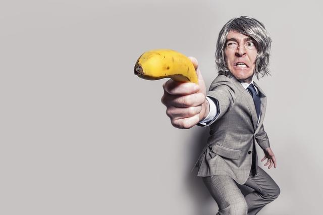 banana life hack hacker secret tips fruit skin care cosplay harry potter banana
