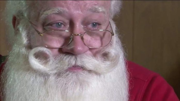 The Knoxville Santa Grants A Final Wish To 5-Year-Old Boy