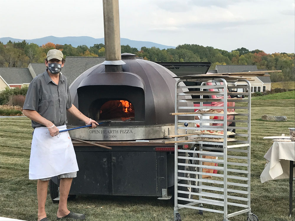 Open-Hearth-Pizza-at-EastView