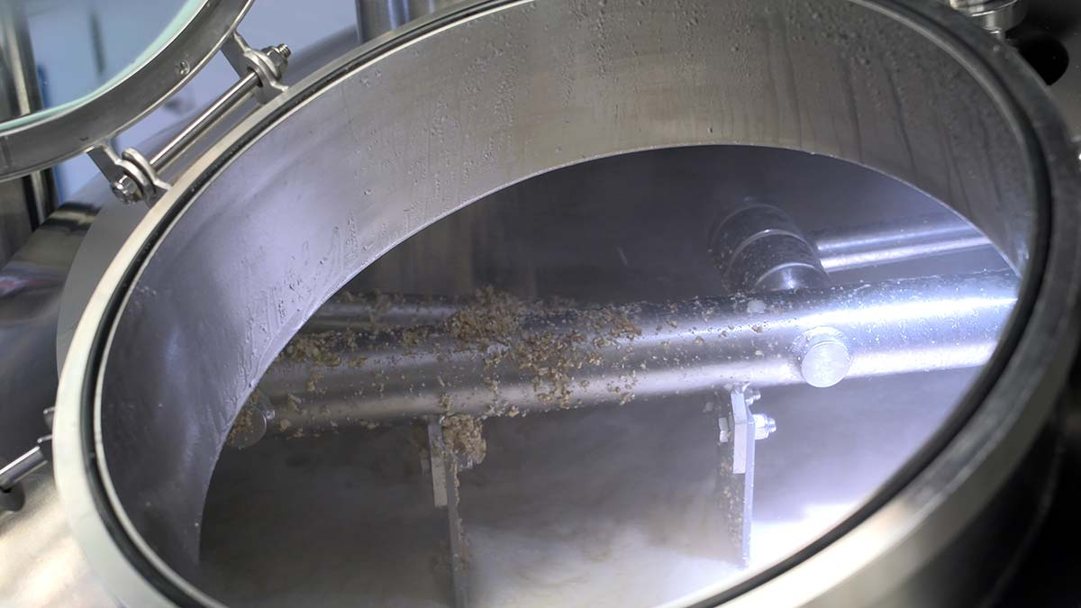 beer brewing tank
