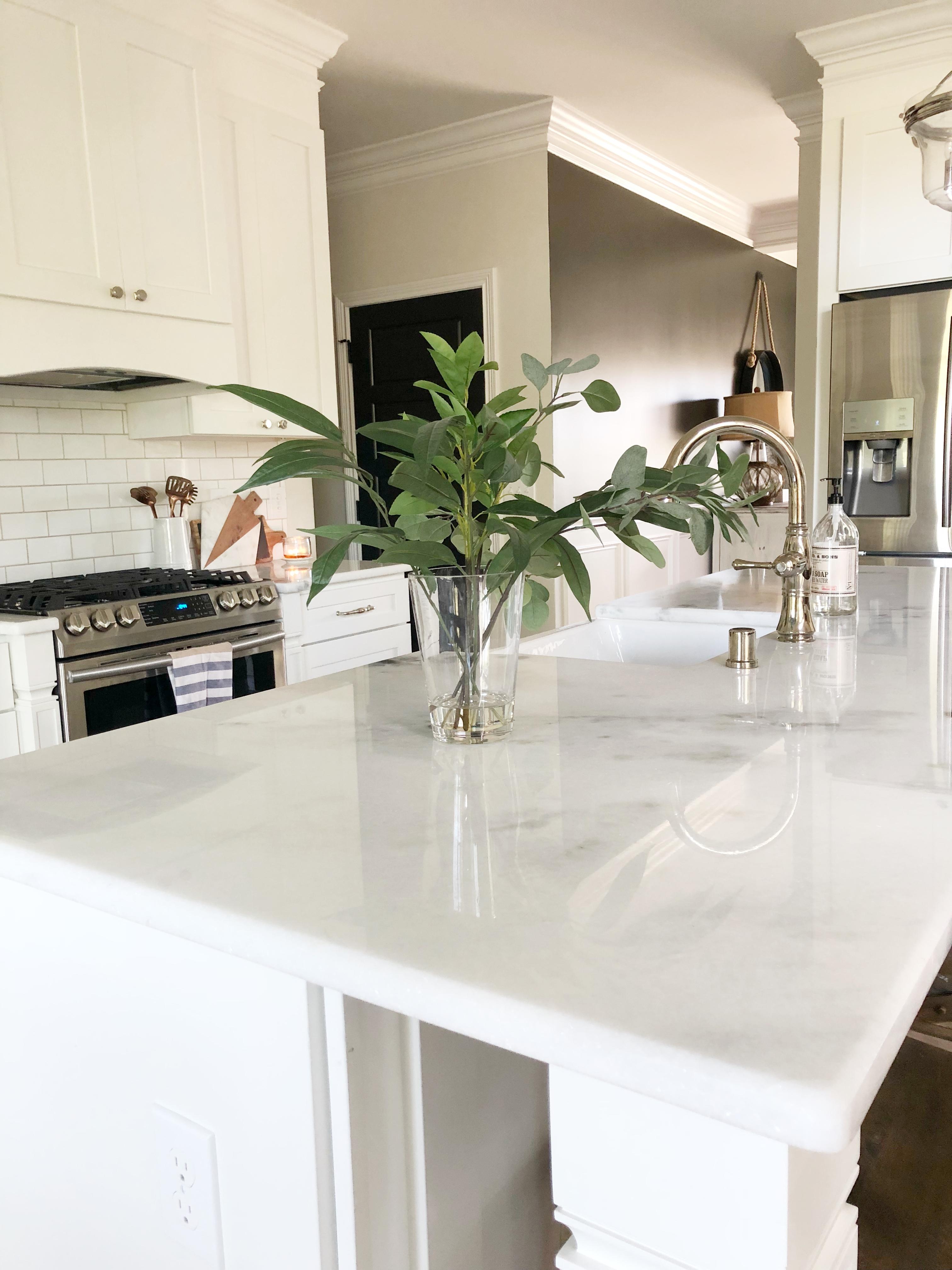 kitchen island quartzite counter