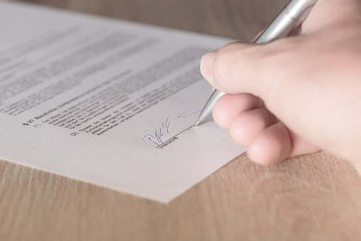 How to Negotiate a CRE Lease Like a Pro