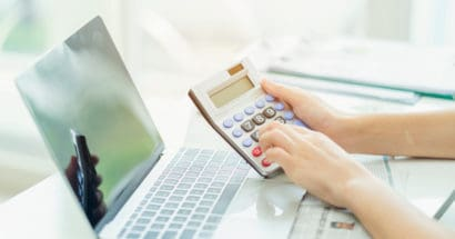 How to Calculate Commercial Property Value