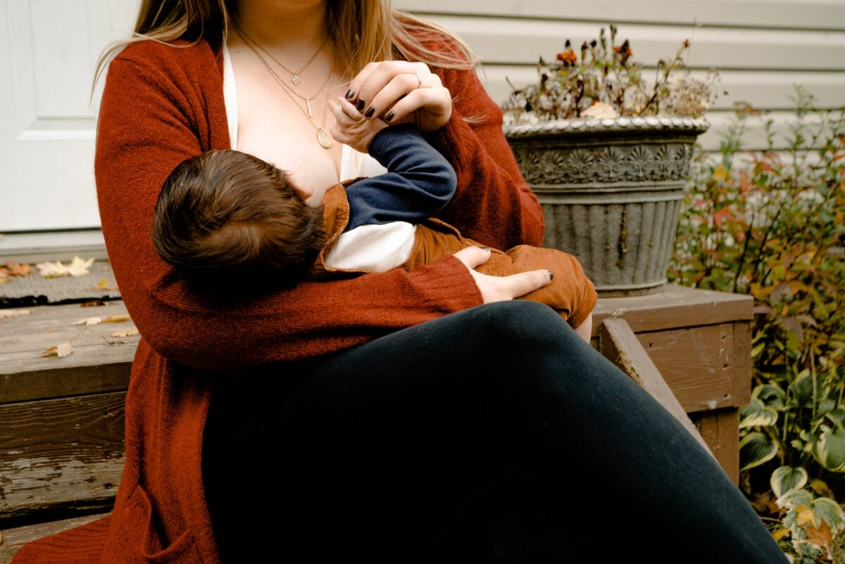 7 Things to manage stress during Exclusive Breastfeeding