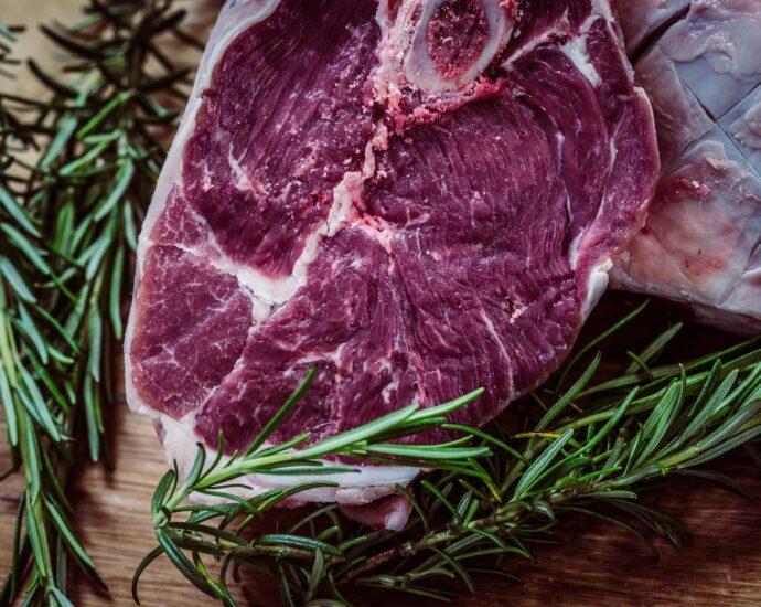 Uncooked prime steak
