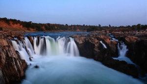 Dhuandhar Falls in Madhya Pradesh / Wikimapia / SilkRouteTraveller