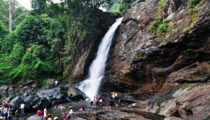 Soochipara Falls in Kerala / Road compass / SilkRouteTraveller
