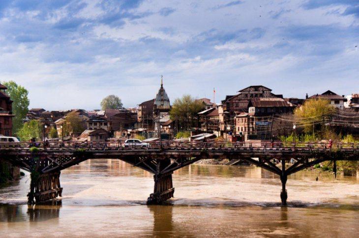 Srinagar the city of Bridges / The Kashmir Life