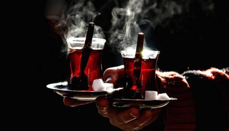 High On Turkish Tea / Istanbul on Food / SilkRouteTraveller