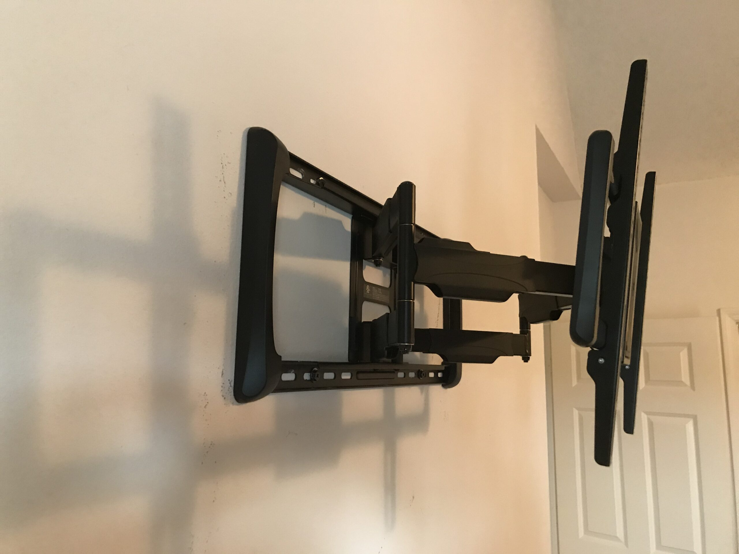 Wall Mount TV Installers post thumbnail