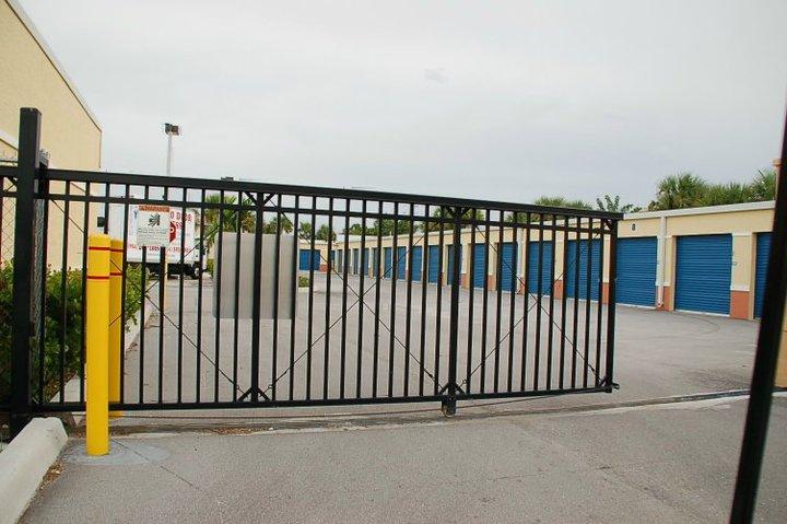 Boca Storage Units Gate