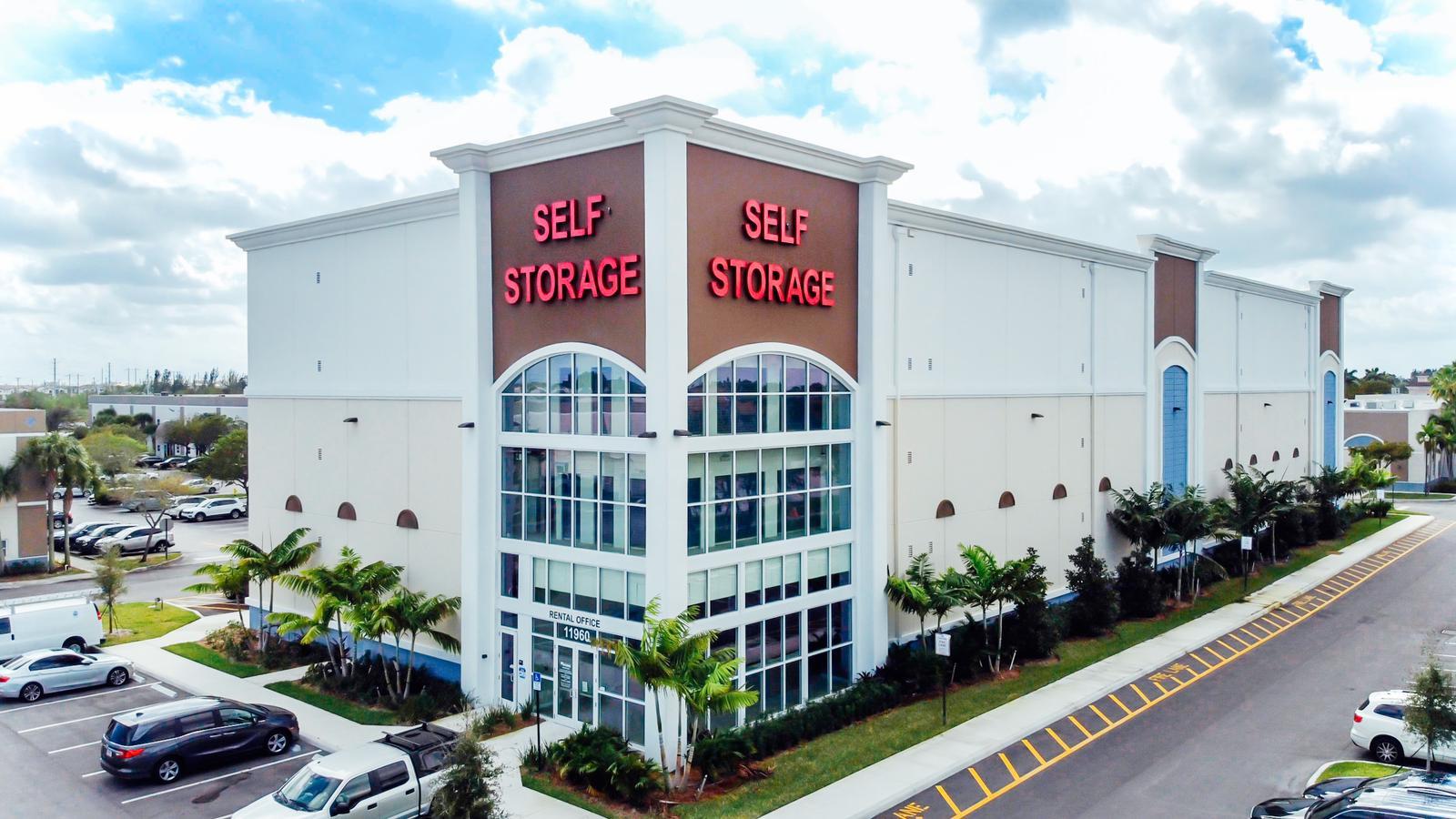 Storage Units in Miramar