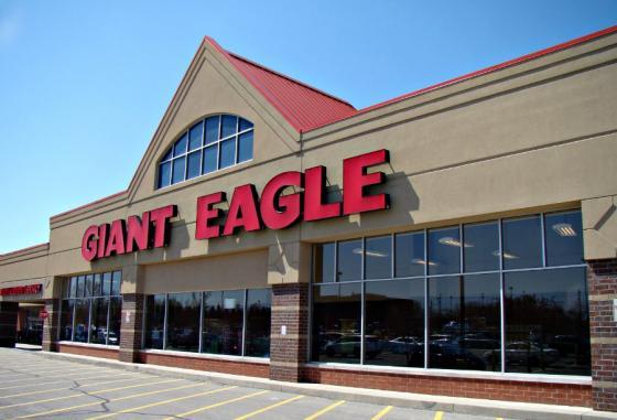 Giant Eagle storefront