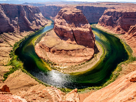 Horseshoe Bend on Colorado River in Glen Canyon, Arizona, USA