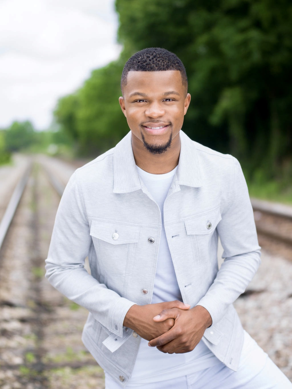 """Music News: Kelontae Gavin Releases New Single """"Hold Me Close"""" – Available Now"""