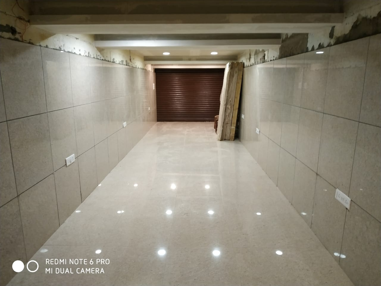 Commercial Property in Bhopal  – Commercial Space 7 No Bus Stop Arera Colony – Regent Property
