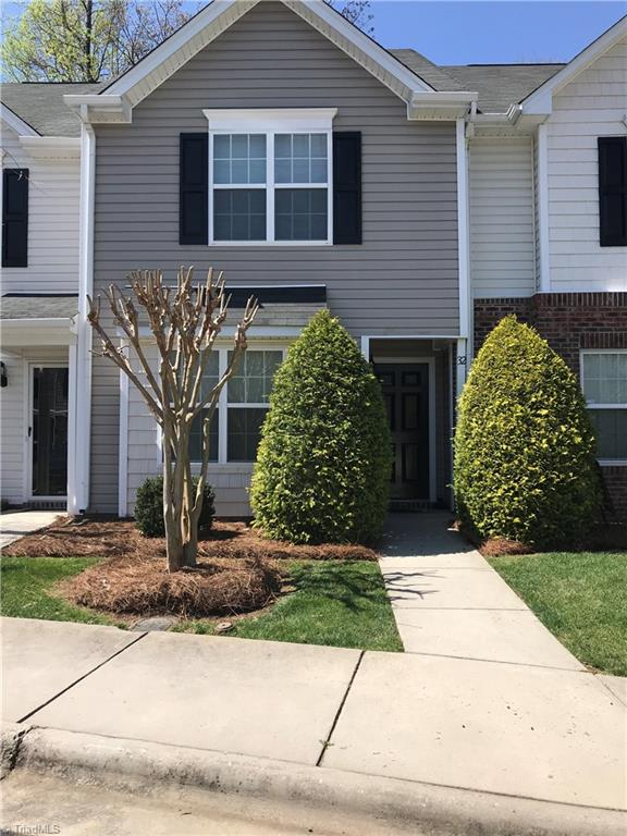 32 Ledgerstone Lane Greensboro NC 27407