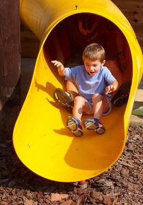 playground-664884_1280