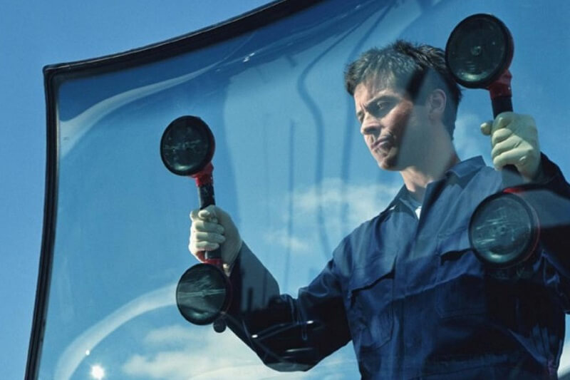 Audi windshield repair replacement service in plano texas
