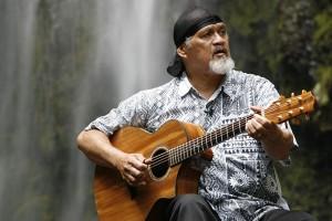 Cyril Pahinui at Hi`ilawe