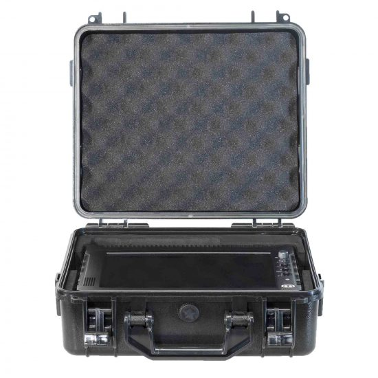 6-1114_Hand_Held_Real_Time_5G_Scanner_and_Receiver_case_03
